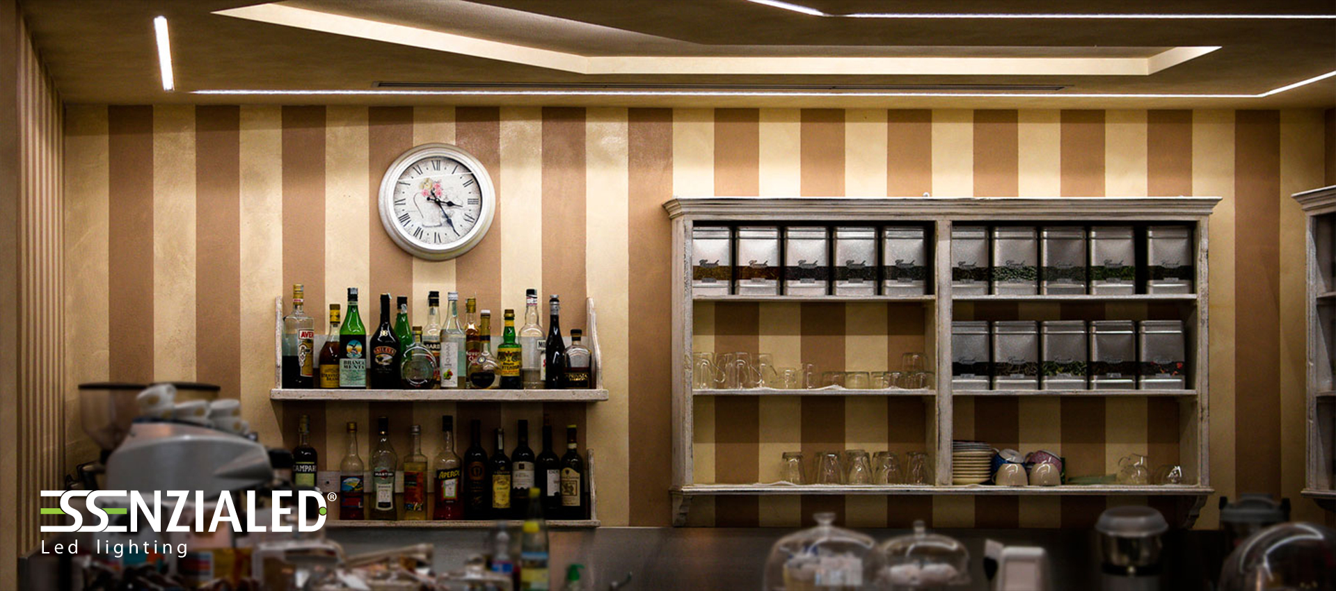 abbastanza Illuminazione Led per ristoranti e bar - EssenzialedEssenzialed  LE04