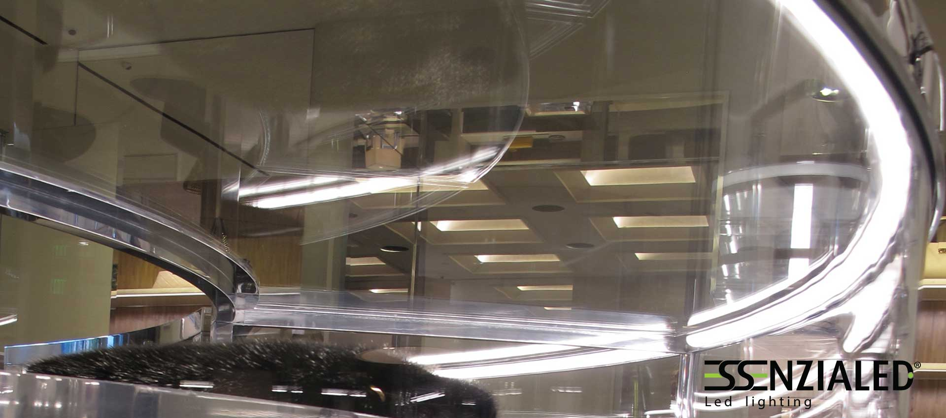 Illuminazione led per negozi made in italy for Lampade a led lunghe