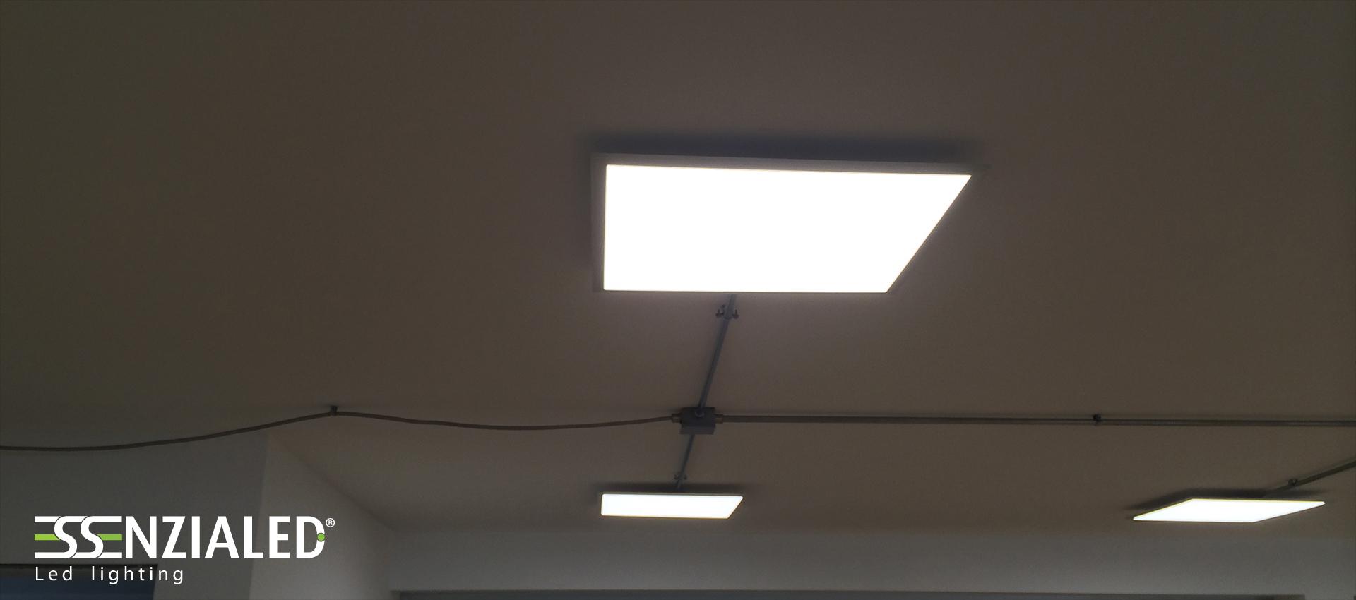 Plafoniere A Led Sottili Per Uffici Essenzialed Illuminazione A