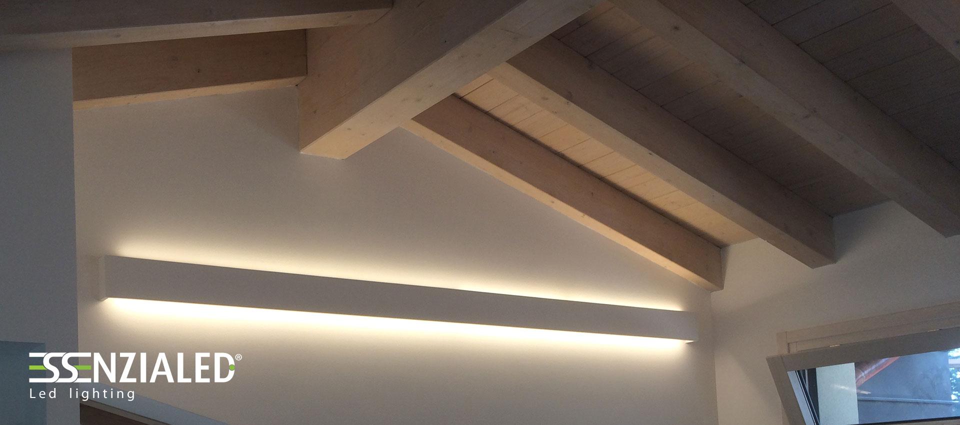 Righello lampada a parete led prodotta su misura for Faretti da parete