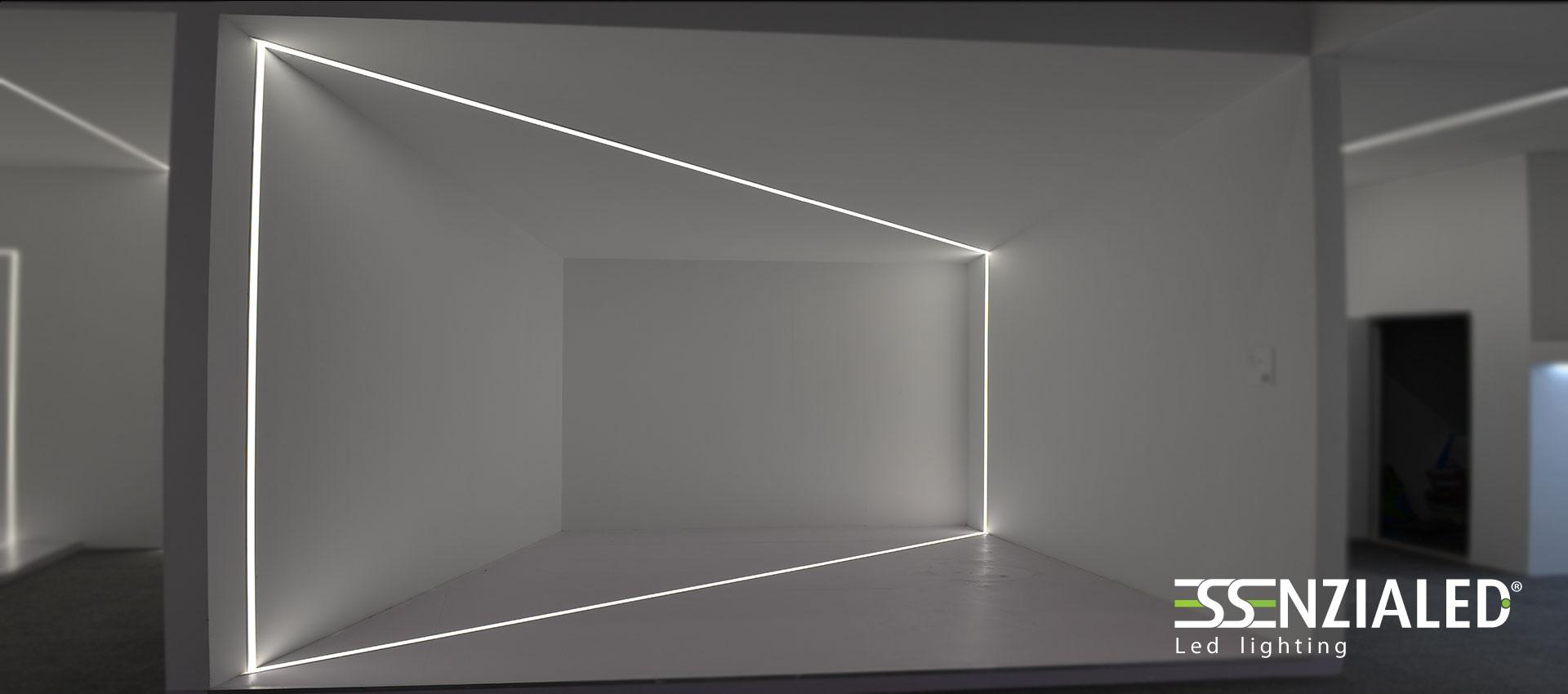 Tagli di luce a parete